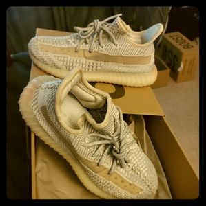 kids new size 1.5 yeezy boost 350 v2 in lundma